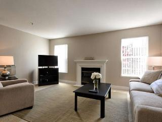 Nice Condo with Internet Access and Dishwasher - Sunnyvale vacation rentals