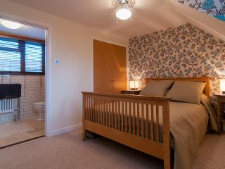 Beautiful Condo with Internet Access and Central Heating - Robertsbridge vacation rentals