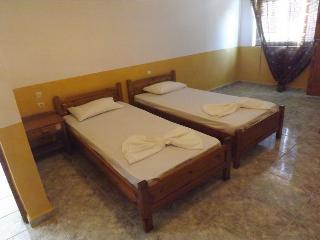 Pelekanos room 2 (5) - Rethymnon vacation rentals