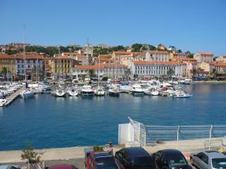 Port de Plaisance PORT-VENDRES, proche COLLIOURE - Port-Vendres vacation rentals