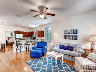 Barefoot Cottages B13-3BR-AVAIL8/10-17-RealJOY FunPass*FREETripIns4NEWFallBkgs*Screened Porch - Port Saint Joe vacation rentals