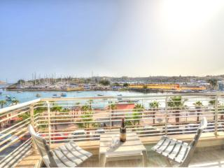 Seafront Luxury Apartment - Il Gzira vacation rentals