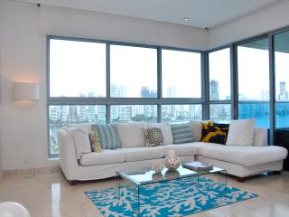 Beautiful 3 Bedroom Penthouse - Cartagena vacation rentals