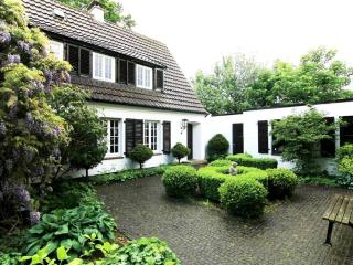 LUXURY VILLA EMG, MUNSTER / EMSDETTEN, 20 People - Emsdetten vacation rentals