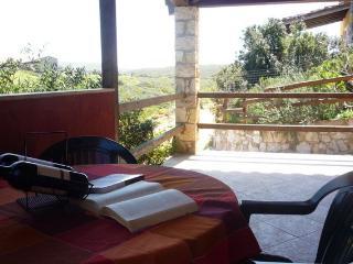 L-Villa Mercury, monolocale Lanterna, Panoramico - Sant Antioco vacation rentals
