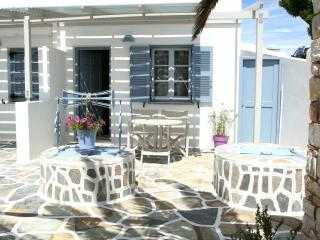 Paros Dream Apartment - Naoussa vacation rentals