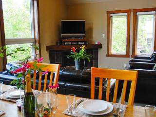 Luxury 3Bed/3Bath Townhouse with views of Mt Yotei - Niseko-cho vacation rentals