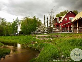 Creston Farm House on Gorgeous Property, 35 min. from Glacier - Kalispell vacation rentals
