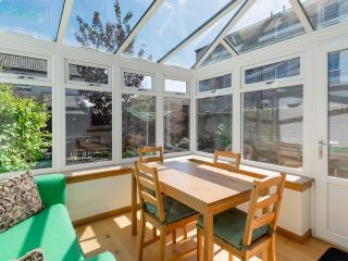 Quiet house, driveway parking, garden, by park - Edinburgh vacation rentals
