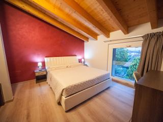 Romantic 1 bedroom Guest house in Levate with Internet Access - Levate vacation rentals