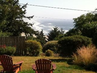 Unwind w/ a sauna & endless ocean views after a hike in the Redwoods! - Trinidad vacation rentals