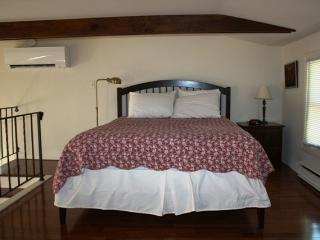 Romantic 1 bedroom East Orleans Condo with Internet Access - East Orleans vacation rentals