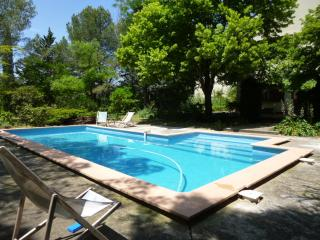 4 bedroom house with pool near Montpellier - Vailhauques vacation rentals