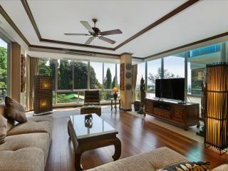 Karon Beach Penthouse with Full Ocean View - Karon vacation rentals
