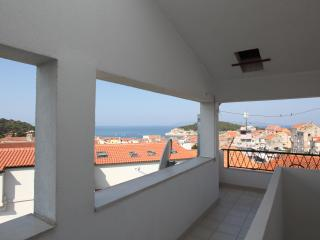 Adry Apartment 2 for 4 in Makarska - Makarska vacation rentals