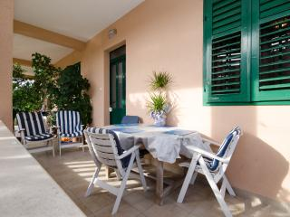 Apartment Daniella Trogir - 100 m from the sea - Trogir vacation rentals