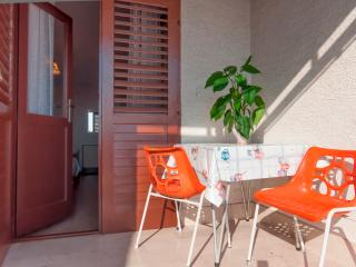 Room Poppy 13 for 3 with parking and AC - Makarska vacation rentals