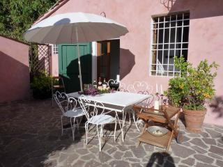 lovely apartment with terrace in Bargecchia - Massarosa vacation rentals