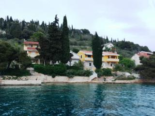 Apartment Val's Island Osljak 1 za 2+2 - Preko vacation rentals