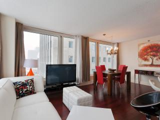 Luxurious 2 bedroom apartment - Old Montreal - Montreal vacation rentals