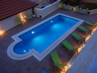 Villa Kogo Apartment 2 with a swimming pool - Hvar vacation rentals