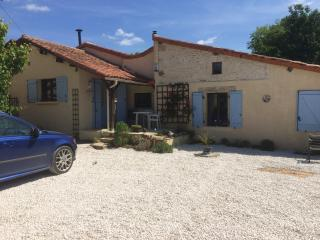 the doon  sniggled  in the french countryside - Saint-Claud vacation rentals