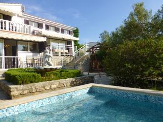 Seside Oasis Ciovo Beachfront Apartment - Okrug Gornji vacation rentals