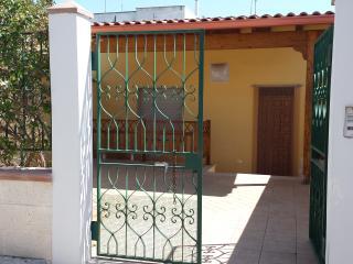 villino giulia - Sant'Isidoro vacation rentals