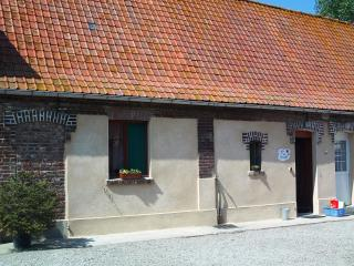 Romantic 1 bedroom Gite in Ardres - Ardres vacation rentals