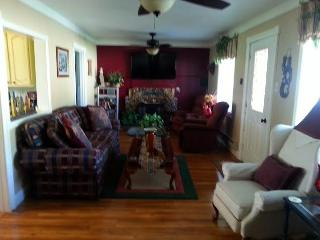 In the heart of Bryce Canyon and surrounding areas - Bryce Canyon National Park vacation rentals