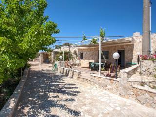 Beautiful 2 bedroom Villa in Pescoluse - Pescoluse vacation rentals