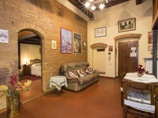1 bedroom Apartment with Internet Access in San Gimignano - San Gimignano vacation rentals