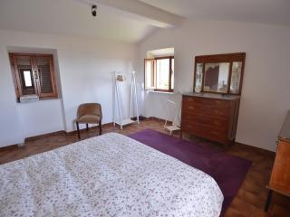 Nice Townhouse with Internet Access and Wireless Internet - Nicola vacation rentals