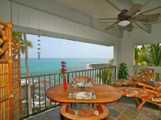 Whimsical Oceanfront Studio with Breathtaking View - Kailua-Kona vacation rentals
