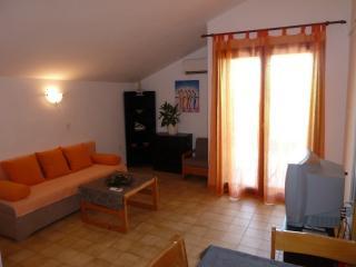 Apartments Tomic A3(3+2) - Mastrinka vacation rentals