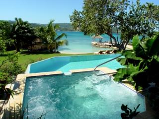 Delightful 7 Bedroom Villa in Discovery Bay - Discovery Bay vacation rentals