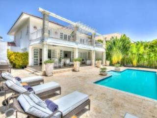 Lovely 4 Bedroom Villa in Punta Cana - Punta Cana vacation rentals