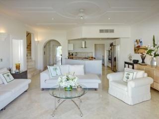 Fantastic 3 Bedroom Apartment in Speighstown - Speightstown vacation rentals
