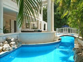 Great 4 Bedroom Villa in Paynes Bay - Paynes Bay vacation rentals