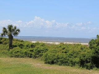Lighthouse Point Beach Club - Unit 36A - Swimming Pools - Tennis Courts - FREE Wi-Fi - Tybee Island vacation rentals
