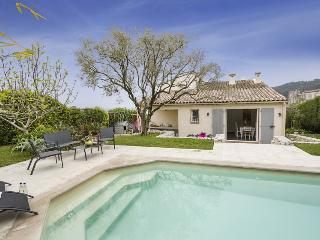 Charming Villa with Internet Access and Private Outdoor Pool - La Colle sur Loup vacation rentals