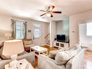 Barefoot Cottages C56-3BR-AVAIL7/31-8/5-RealJOY Fun Pass*FREETripIns4NEWFallBkgs*Screened Porches - Port Saint Joe vacation rentals