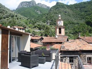 6 bedroom Villa with Internet Access in Buggio - Buggio vacation rentals