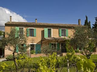 Charming Villa with Internet Access and A/C - Cavaillon vacation rentals