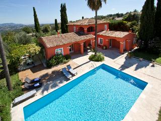 Beautiful 5 bedroom Saint Jeannet Villa with Internet Access - Saint Jeannet vacation rentals