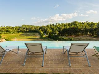 Apartment in ancient castle in Perugia - Corte - Cenerente vacation rentals