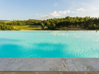 Superb Flat in Perugia Countryside - Soppalco - Cenerente vacation rentals