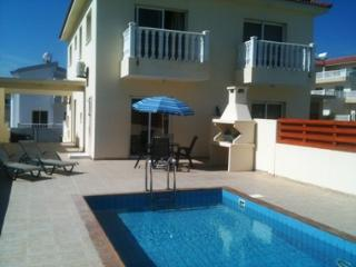 Perfect 2 bedroom Villa in Ayia Napa - Ayia Napa vacation rentals