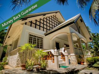 Panglao Villa Bohol with swimming pool perfect for family reunion - Panglao vacation rentals