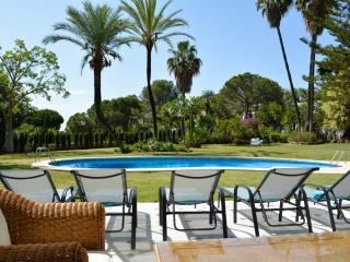 Namasteé Puerto Banus luxury villa  chef and maid - Puerto José Banús vacation rentals
